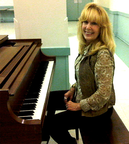 Dr. Jeanne Sheffield, Expert Voice & Piano Musician and Teacher